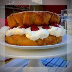 filipa passion curd cake